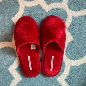 Victoria's Secret Shoes - Victoria secret size 7-9 red slippers